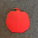 折り紙のりんご 立体と超簡単な折り方!おままごとや飾り付けにどうぞ!